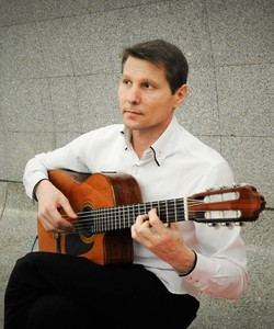 Roman Chernov, Guitar player